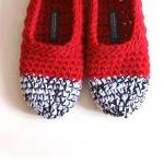 Crochet Slippers in Red, Bl..